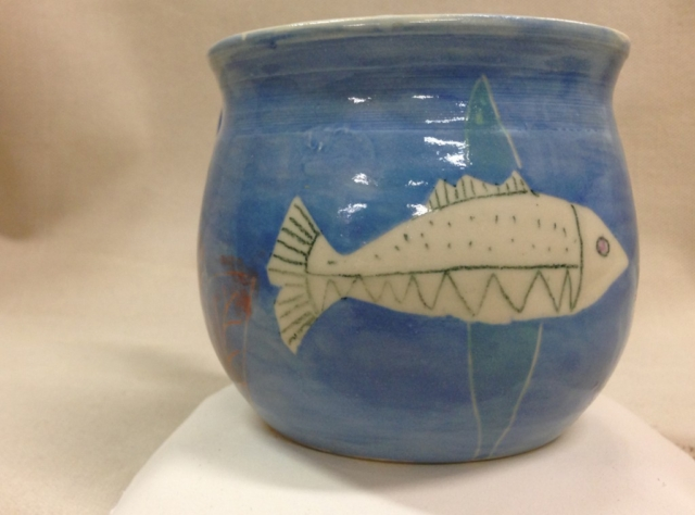 Blufoot with fish mug view 2