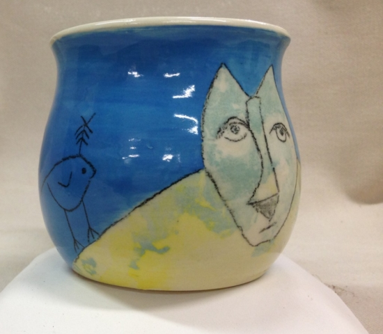 Blufoot with bird mug view 5